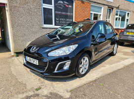 Peugeot 308, 2011 (61) Black Hatchback, Manual Diesel, 27,000 miles