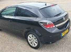 Vauxhall Astra, 2010 (60) Black Hatchback, Manual Petrol, 107,000 miles