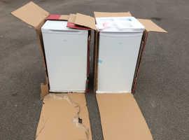 EGL Under Counter Larder Fridge 92L & Freezer 80F