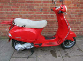 PIAGGIO VESPA LX125 ONLY 6200 MILES JUST 1 OWNER SERVICED