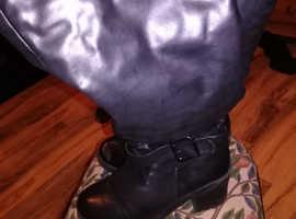 Women Black Boots Size 9