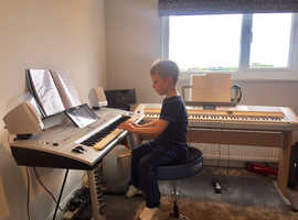 PLYMPTON KEYBOARD  LESSONS  Start your musical journey today.