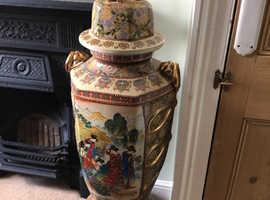 Large Chinese ornamental vase