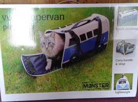 Pet carrier VW campervan
