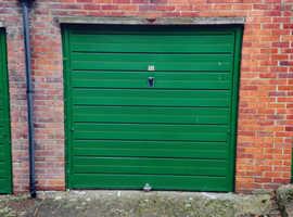Large lockup garage to rent Hanger Lane Ealing