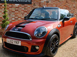 MINI Cooper S Convertible Automatic, JCW Bodykit, Sat Nav, only 38000 Miles