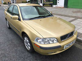 Volvo S/V40 SERIES, 2002 (52) Gold Saloon, Manual Petrol, 91,999 miles