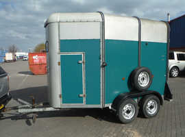 Ifor Williams H505R Dual Horse Trailer.