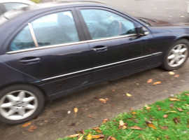 Mercedes C270, 2002 (02) Blue Saloon, Automatic Diesel