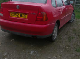 Volkswagen Polo, 1997 (P) Red Saloon, Manual Petrol, 68,000 miles