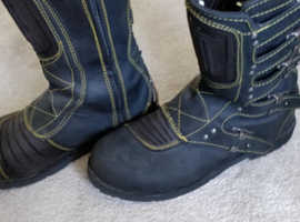 Icon 1000 Elsinore, boots Size 10.5
