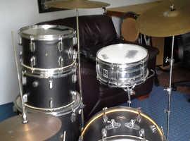 pearl drum kit black