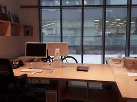 STUDIO DESK SPACE AVAILABLE in the prestigious Riverside development, Putney