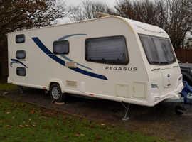 Bailey pegasus 2012, 6 berth fixed triple bunk touring family caravan immaculate