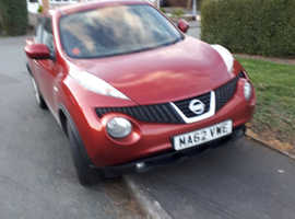 Nissan Juke, 2012 (62) Red Hatchback, Manual Diesel, 52,000 miles