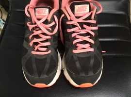 Nike pink and black Air Max trainers Adult size 5.