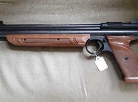 Crosman in Bradford | Hunting, Shooting & Sporting Equipment