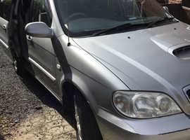 Kia Sedona, 2005 (05) Silver MPV, Automatic Diesel, 89,130 miles