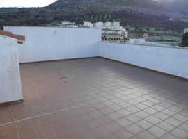 Duplex penthouse located on the outskirts of Loja.  Ref 4297
