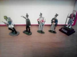 5 X 1/32,1/35th scale Die cast Napoleonic Soldier figures.