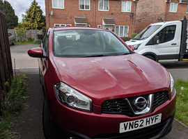 Nissan Qashqai, 2012 (62) Red Hatchback, Manual Diesel, 47,500 miles