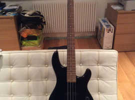 Yamaha BBN4 electric bass guitar in black - EFFECTIVELY NEW