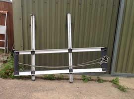 Roof Bars & Ladder Rack . Adjustable