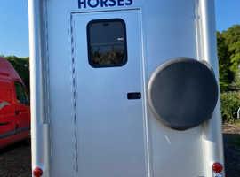 Renault Master 3.5T horsebox