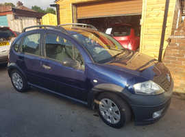 Citroen C3, 2004 (04) Blue Hatchback, Manual Diesel, 98,000 miles