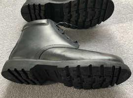 Men's safety wear boots