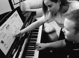 Piano tutoring lessons