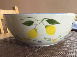 VERY RARE, large ceramic fruit bowl with pretty lemons and flowers