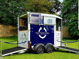 Mobile bar business for sale. Converted horse trailer to 5*