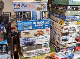 Model kits for sale,tamiya,italeri ect