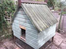 Chicken Hut / Coop - free for collection