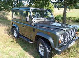 Land Rover Defender, 2004 (54) Green Estate, Manual Diesel, 67,000 miles