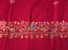 Shawl beautiful lite weight compliments any outfits