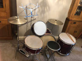 Vintage (1960's/70's) six piece Beverley drum kit in good condition