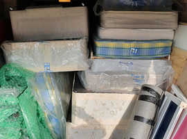 8 Singel beds and mattresses for free