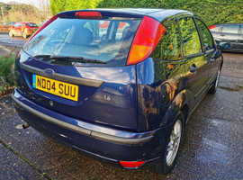 Ford Focus, 2004 (04) Blue Hatchback, Manual Petrol, 82,077 miles