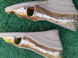 ,3prs shoes 5