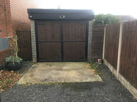 Garage to rent Sumit heywood