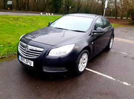 Vauxhall Insignia, 2011 (11) Black Hatchback, Automatic Diesel, 135,621 miles