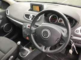 Renault Clio, 2011 (11) Blue Hatchback, Manual Diesel, 95,877 miles