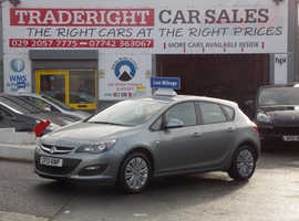 Vauxhall Astra, 2013 (13) Silver Hatchback, Manual Petrol, 38,001 miles