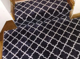 Wilton roll of carpet - navy and white