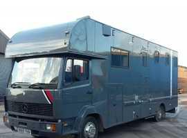 Mercedes 814 7.5 ton Horsebox