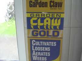 The Garden Claw Gold - Garden Tool (New and factory sealed Box)