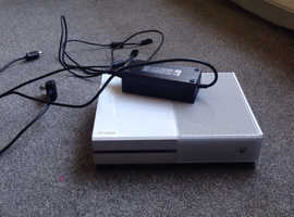Xbox one with 170+games