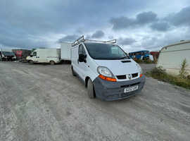 Renault trafic breaking parts available